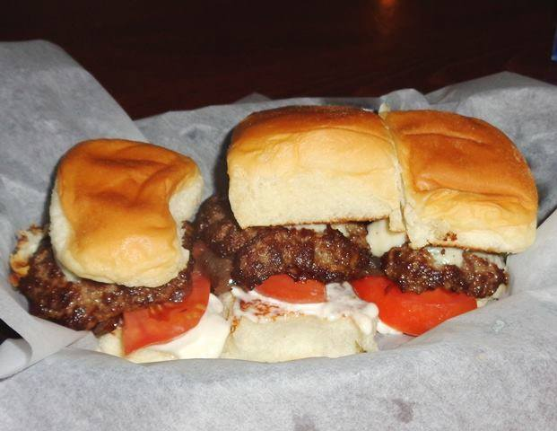 AZ Cafe's Sliders Among the Best in San Diego