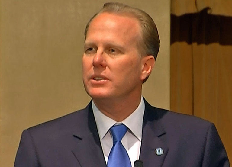 Mayor Faulconer visits District 2