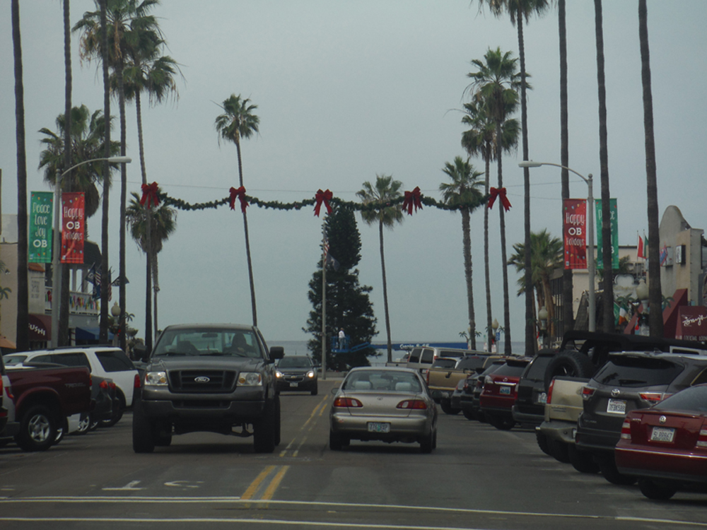 Ocean Beach MainStreet Association Christmas Tree