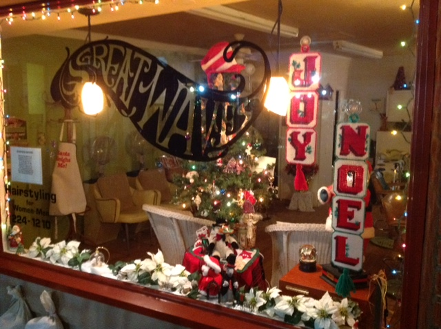 Hotels In San Diego >> 2014 Holiday Storefront Decorating | Ocean Beach San Diego CA