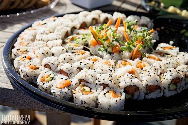 Salmon Alvocado Sushi