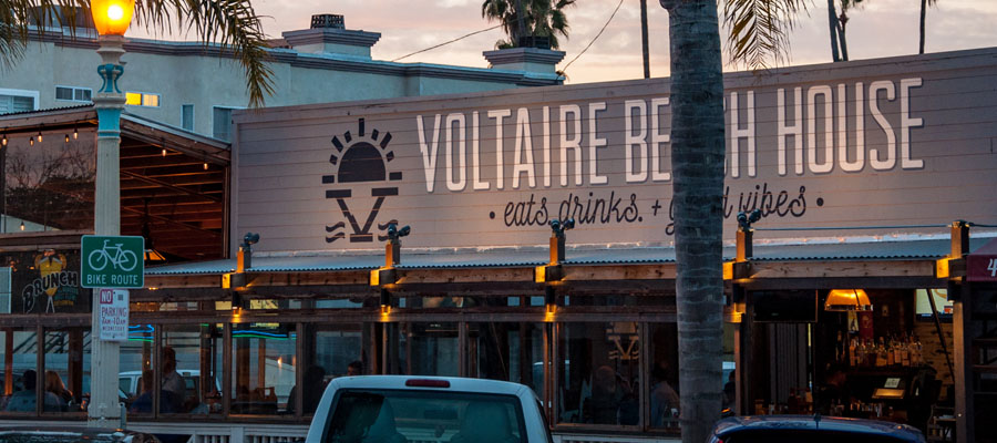 Voltaire Beach House Patio in OB