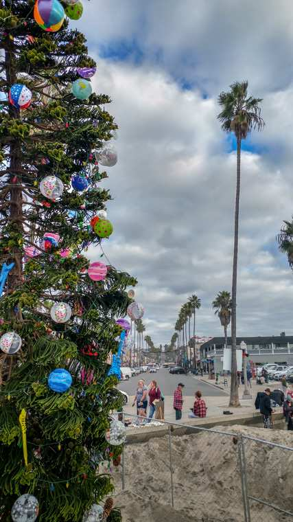 Looking East up Newport Avenue at the Ocean Beach Christmas Tree (2018)