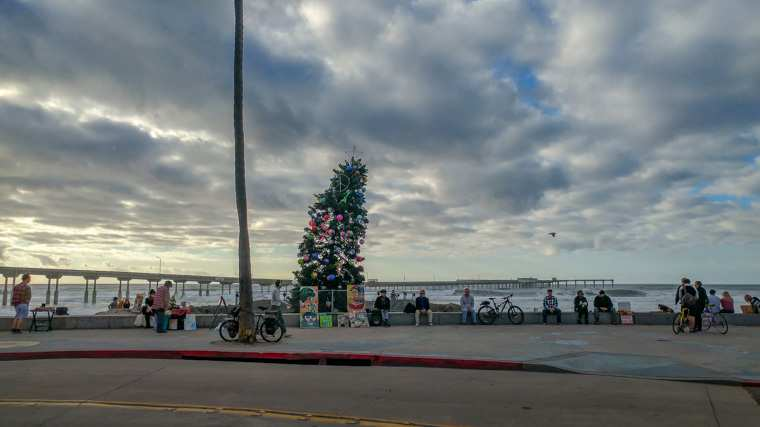 Looking West at the Ocean Beach Christmas Tree (2018)