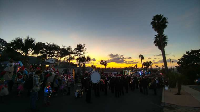 Ocean Beach Christmas Parade (2018)