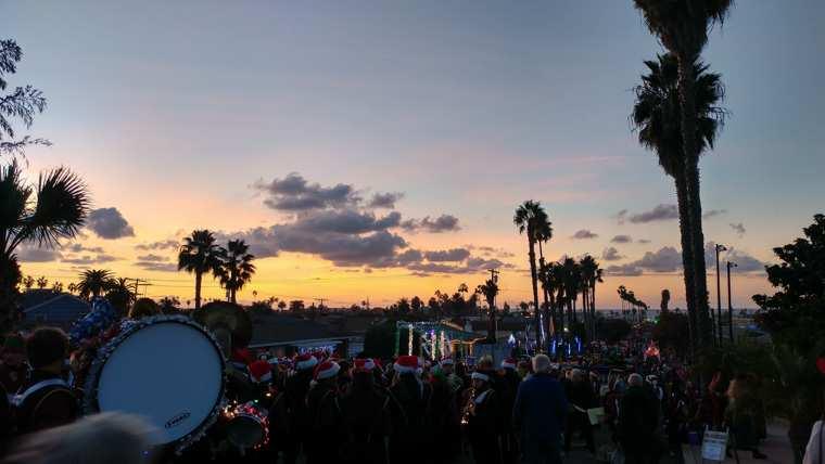 Ocean Beach Christmas Parade (2018)