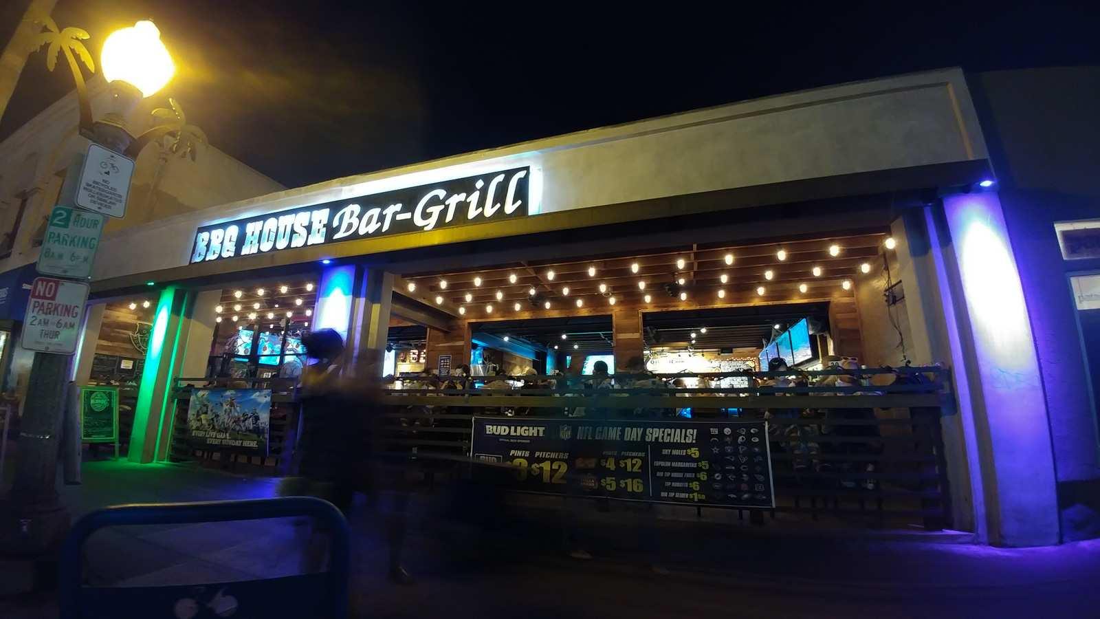 BBQ House Bar-Grill San Diego Ocean Beach