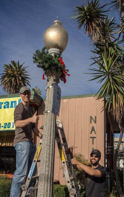 Photo of: 2016 Holiday Decorating