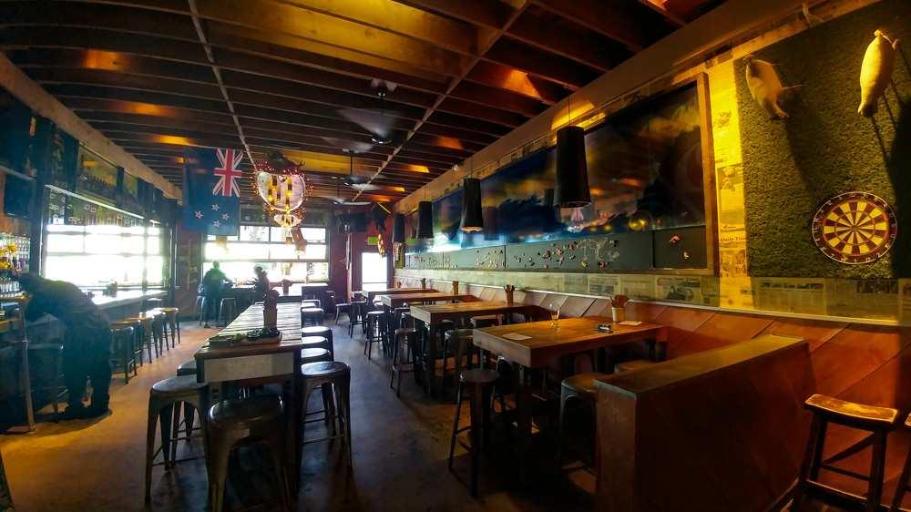 Raglan Public House Bar and Restaurant