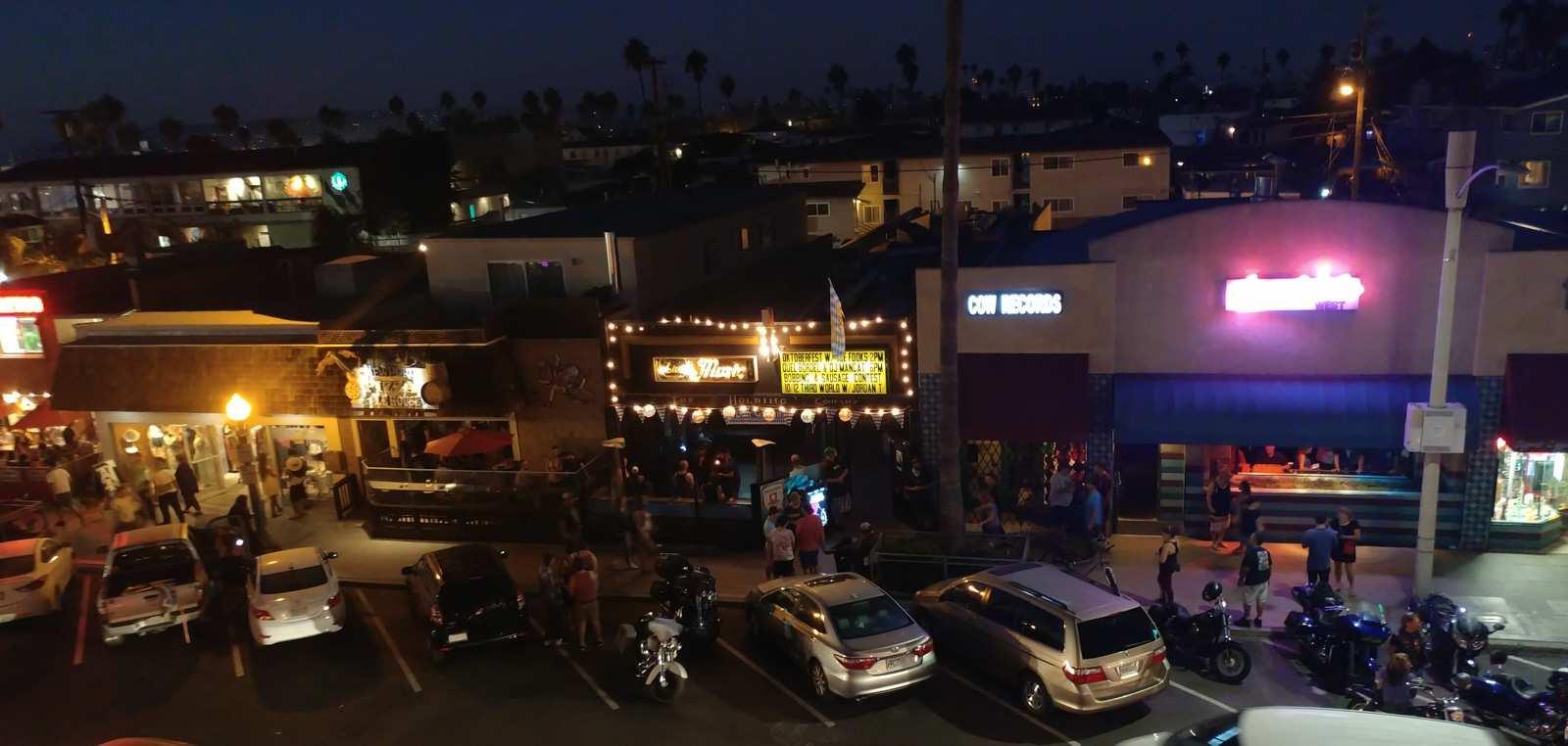 Pizza THC Cheswick's San Diego Ocean Beach