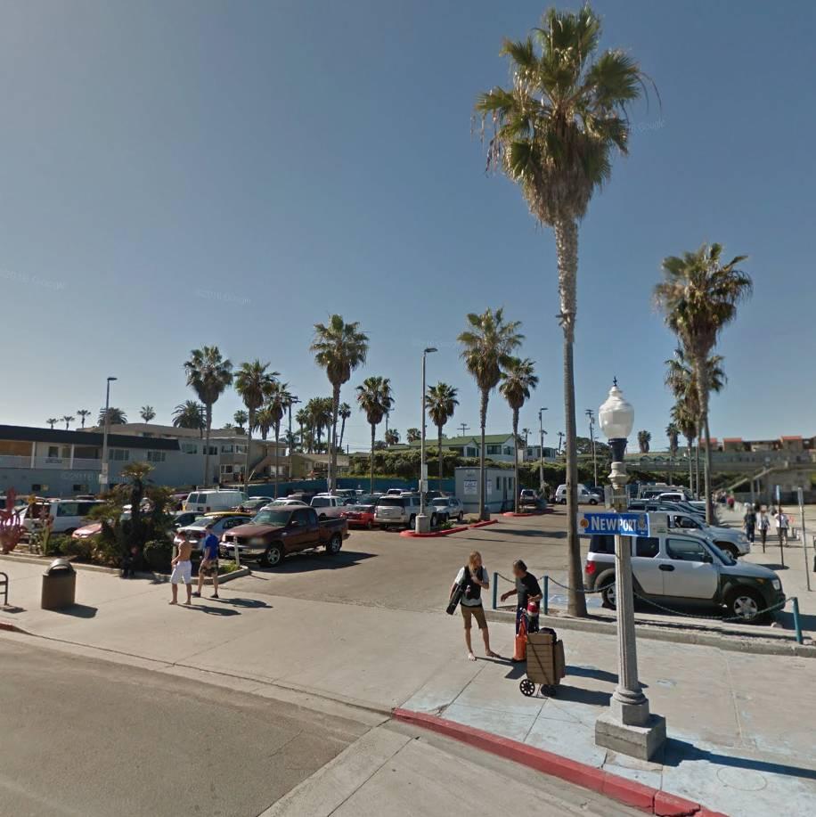 Newport Ave. - Pier Parking